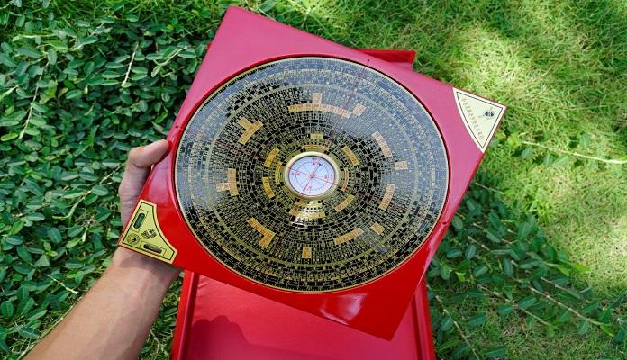 Cấu tạo một tròn một vuông của la bàn phong thủy