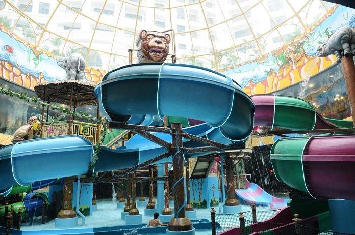 Công viên nước trong nhà - khu vui chơi giải trí nổi bật
