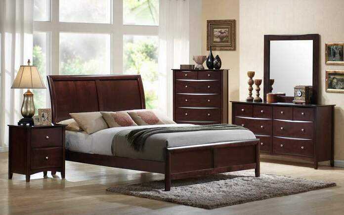 Giường ngủ không nên để đối diện hoặc chiếu thẳng với gương