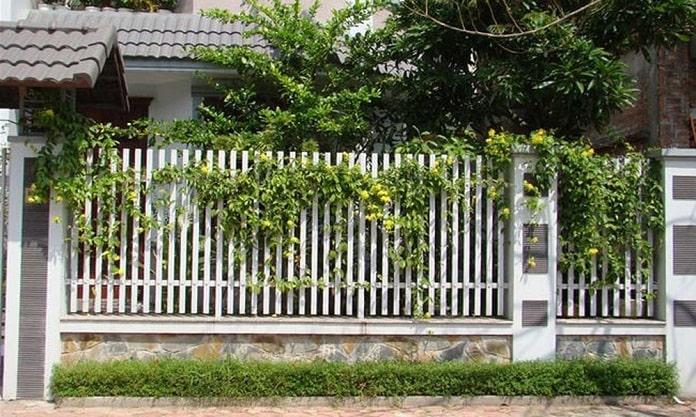 Vì sao nên có hàng rào cho biệt thự?